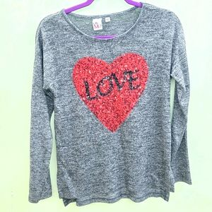 OHMG! Grey love heart Heather's sweater size large